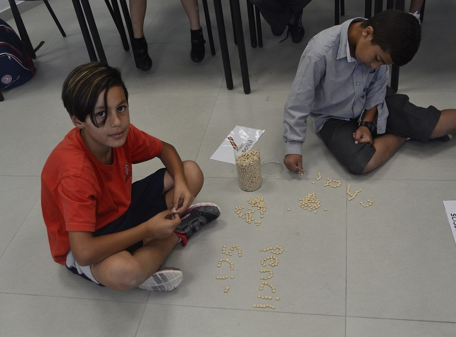 On Thursdays, REA students take part of two hours of extra-curricular clubs, where they sing, act, create arts, play sports and exercise their brains with spelling bee and board games