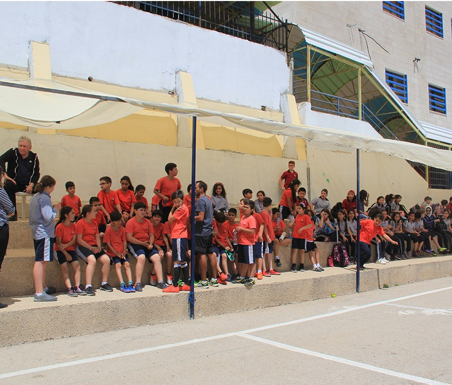 Our years 3-5 pupils enjoyed a fun friendly match against their counterparts of the Mustaqlab School.